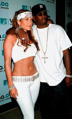 Jennifer Lopez And P. Diddy Coordinate Their Looks For The MTV Music Awards, 2000
