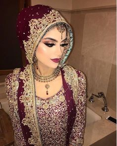 New makeup ideas asian indian bridal wedding bride ideas Pakistani Hair, Pakistani Bridal Wear, Pakistani Wedding Dresses, Indian Bridal, Pakistani Makeup, Bengali Saree, Wedding Sarees, Wedding Hijab, Desi Wedding