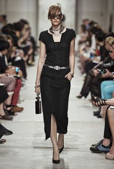 Chanel – Cruise Collection 2014 – ELLE