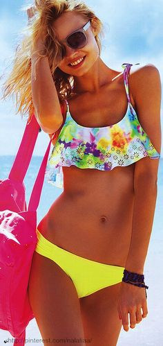 Why match when you can mix? This Flounce Crop Top from Victoria's Secret PINK is all girl. A flouncy shape makes this bikini top perfect for tanning, swimming or hanging out on the beach. Chase the sun in a cute suit from our new swimwear collection. Sexy Bikini, The Bikini, Flounce Bikini, Yellow Bikini, Bikini Set, Pink Swimsuit, Daily Bikini, Bikini Beach, Bikini Babes