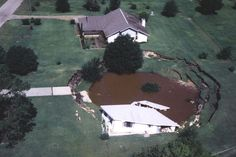 What causes sinkholes?  And where else in the U.S. might be vulnerable to sinkholes?