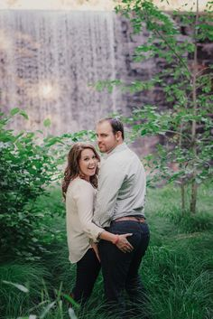 These engagement photos didn't go as planned... but they're still cute!
