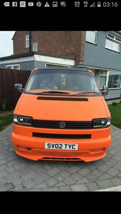 T4 Transporter, Vanz, Car Painting, Limo, Camper Van, Paint Ideas, Cars And Motorcycles, Dodge, Volkswagen