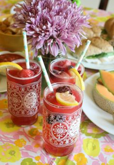Berry Lemonade Recipe, a yummy idea and perfect to make for a women's bible study or get together!