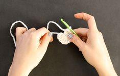 simple crochet star Christmas ornaments - free pattern