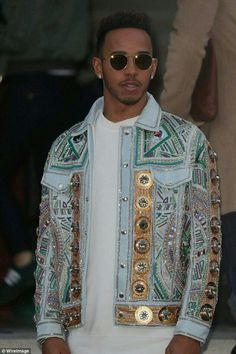509fffe2da55 Lewis Hamilton attends Dior and Balmain at Paris Men s Fashion Week