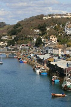 The lovely town of Looe, Cornwall, England. Looe Cornwall, Devon And Cornwall, Cornwall England, Yorkshire England, Yorkshire Dales, Great Places, Places To Visit, The Places Youll Go, Places In Cornwall