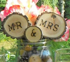 Rustic Wedding Cake Topper / Tree Slice Cake Topper / Mr & Mrs/ Woodland weddings FREE SHIPPING - pinned by pin4etsy.com