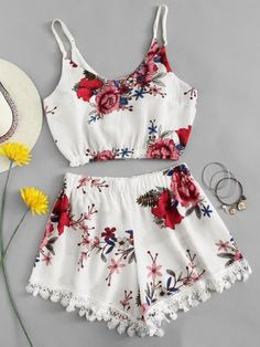 cute floral outfit for the spring