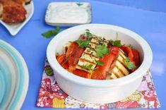Салат с запеченным перцем и сыром халуми Lunches And Dinners, Ratatouille, Ethnic Recipes, Food, Essen, Meals, Yemek, Eten