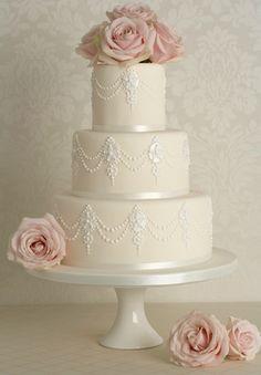 Peggy Porschen Cakes has a selection of Birthday cakes and cupcakes. Wedding Cake Decorations, Wedding Cake Designs, Cake Wedding, Wedding Centerpieces, Gorgeous Cakes, Pretty Cakes, Pastel Minion, Peggy Porschen Cakes, Bolo Floral