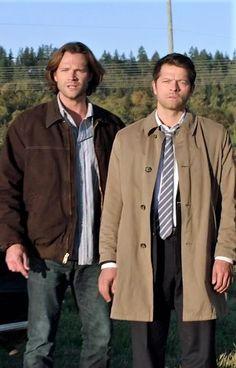 Supernatural, Raincoat, Jackets, Fashion, Rain Jacket, Down Jackets, Moda, Fashion Styles