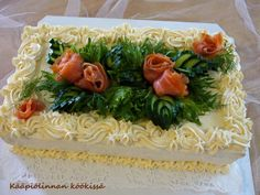Sandwich Cake, Sandwiches, Charcuterie, Party Snacks, Seaweed Salad, Cheesecakes, Food Art, Party Time, Buffet