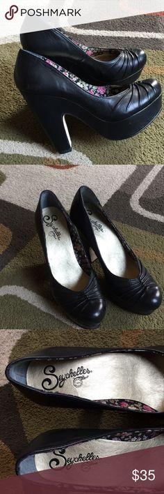 """Seychelles block heel platform style shoe💞 NWOT💞 leather upper 💞 balance man made 💞front platform measures approx 1"""" 💞 heel measures approx 4.5"""" Seychelles Shoes Platforms"""