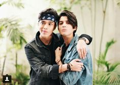 Read from the story Edits de CNCO by TeamCNCOwnerss (CNCO 💫) with 501 reads. Un poco de joerick pa' sus bodys^pandita^ I Love You All, Love Of My Life, My Love, Twenty One Pilots, Brian Colon, Twitter Bio, Silly Faces, Forever Yours, Becky G