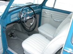 1966 beautiful interior and painted dash #Type1 #VW