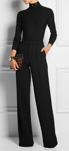 😃Learn to style a classy black turtleneck sweater outfit in a casual way for the office or for work. Black turtleneck outfit offices are chic and clas All Black Outfits For Women, Black And White Outfit, Black Pants Outfit Dressy, Black Women, Sexy Women, Turtleneck Outfit Work, All Black Fashion, Turtleneck Top, All Black Professional Outfits