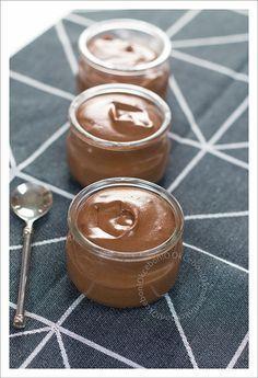 Mousse au chocolat magique - Ok Ce Bon! Mousse Dessert, Cheesecake Mousse Recipe, Chocolate Mousse Cheesecake, Cheesecake Recipes, Dessert Recipes, Desserts With Biscuits, Ice Cream Desserts, Magic Chocolate, Chocolate Recipes