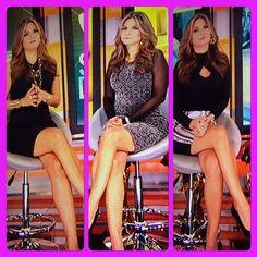 @NataliaCruzNews el look de la semana @PrimerImpacto hermosa como siempre feliz viernes y buen fin de semana