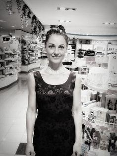Andrea Gerak Blog : Andrea's Beauty Secret #1 Beauty Secrets, Black, Dresses, Fashion, Vestidos, Moda, Gowns, Black People, All Black