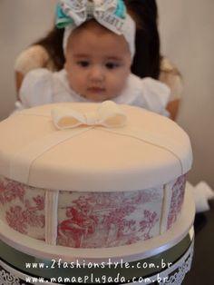 Bolo Mesversário Clara (5 meses) | Mamãe Plugada