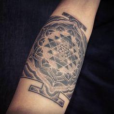 Sweet start to a new sleeve! Mirjana L. Tattoo Expo, Tattoo You, Yoga Tattoos, New Tattoos, Sri Yantra Tattoo, Singapore Tattoo, Melbourne Tattoo, Shri Yantra, Sacred Geometry Tattoo