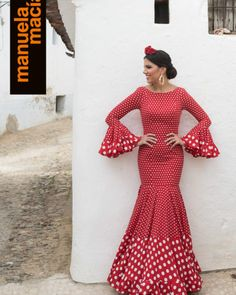 Colección 2018 - Manuela Macías Moda Flamenca Indian Gowns Dresses, African Fashion Dresses, African Attire, African Wear, African Dress, Spanish Dress Flamenco, Flamenco Costume, Spain Fashion, Feminine Dress