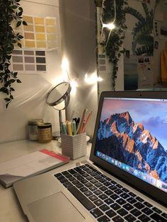 44 Best Ideas For Bedroom Furniture Girls Desks Study Desk, Study Space, Study Areas, Study Room Decor, Room Art, Shotting Photo, Study Hard, Trendy Bedroom, Bedroom Girls