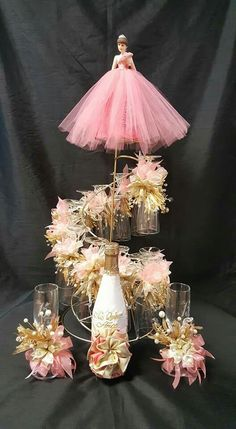 Quinceanera Centerpieces, Quinceanera Themes, Candy Gift Box, Candy Gifts, 18th Debut Ideas, Floating Tea Cup, Sweet 16 Centerpieces, Sweet 16 Themes, Indian Wedding Favors