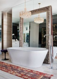 Bathroom Vanity Single vanity, or double, vessel sinks made of crystal, shells, marble, wood or stone. Stricking large mirrors that adorne metallic or mirror faced bath tubs and boudoirs... this is bathroom vanity, and we love it!//Meuble lavabo simple ou double, vasques faite de cristaux,