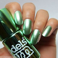 Nails By Kizzy: Models Own Colour Chrome Collection - Green
