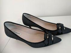 a9f926f7d04 LK bennett kitten heels court shoes with bow. UK size 6 - Kitten Heels from