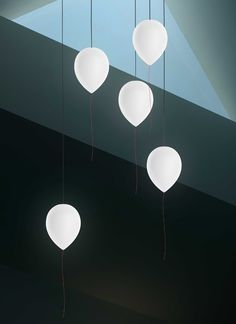 The Balloon's combination of beauty and fun allows it to shine in many different applications. Grouping them together transforms a gentle lamp into a scene out of a dream! Suspended Lighting, Light Design, Lights Background, The Balloon, Design Awards, Industrial Design, Light In The Dark, Modern Design, Balloons