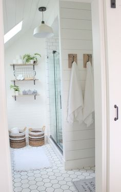 MASTER BATH REVEAL | Proverbs 31 Girl