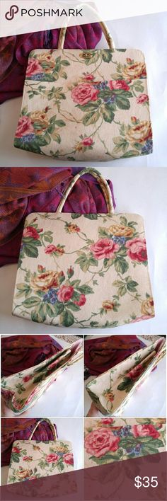 Vintage Margaret Smith bag shabby rose print This beautiful vintage tote bag was made by Margaret Smith of Gardiner, Maine. Feminine and pretty shabby roses garden print. It is lined in pink. Turn lock clasp. Double handles. In very nice condition with very slight sign of wear. From a smoke free home :)  8488roses888 Vintage Bags Totes