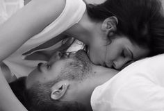 How to Kiss Your Partner's Neck?   How to Kiss Your Partner's Neck? Ways to give kisses on lover's neck. Tips to seduce a woman. Neck kissing tips. Passionate ways to kiss a woman.