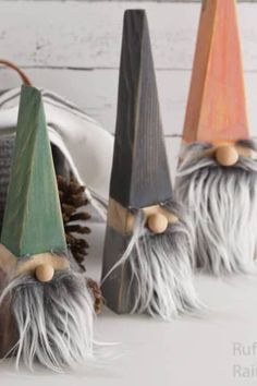 DIY Wood Block Gnomes You Can Make In Minutes! - DIY Wood Block Gnomes You Can Make In Minutes! Ruffles and Rain Boots – Simple crafts for adults, kids, and the home. Boy Diy Crafts, Diy Craft Projects, Home Crafts, Easy Crafts, Crafts For The Home, Kids Crafts, Easy Diy, Homemade Crafts, Simple Diy
