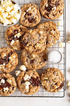 Cloudy Kitchen by Erin Clarkson. A range of sweet and savoury recipes, from baking to weeknight meals. Salty Chocolate Chip Cookies, Salted Caramel Popcorn, Crumble Topping, Brown Butter, Popular Recipes, Tray Bakes, Cookie Dough, Cookie Recipes, Sweet Treats
