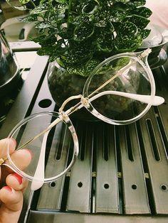 Retro Clear Fashion Glasses
