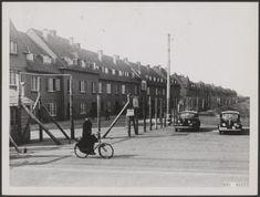 De wijk Duindorp in Scheveningen, ingericht als gevangenkamp voor collaborateurs, 1947.  (foto: Joop Thuring, Fotocollectie Elsevier)