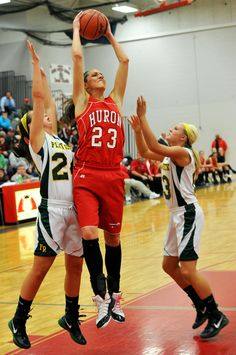 Ms. Basketball candidate Kiara Kudron dropped 30 and 16 on Flat Rock in the District finals.