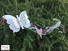 Dory.gr- Χειροποίητο προσκλητήριο βάπτισης - Φλοράλ πεταλούδας