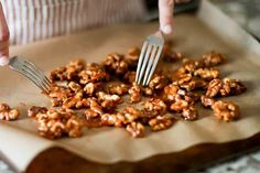 Candied Walnuts Recipe {5 Minutes} Caramelized Walnuts, Candied Walnuts, Walnut Recipes, Recipe Filing, Walnut Salad, Simply Recipes, Something Sweet, Party Snacks, Recipes