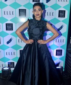 Elli Avram, Saumya Tandon, Pooja Hegde, Rhea Chakraborty and other Bollywood actresses were at their fashionable best at Elle India Beauty Awards Check out pictures from the event. Bollywood Fashion, Bollywood Actress, Kurti Sleeves Design, Beauty Awards, Sleeve Designs, India Beauty, Latest Pics, Frocks, Eye Makeup