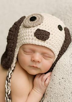 Puppy Dog Baby Beanie // SO cUte!