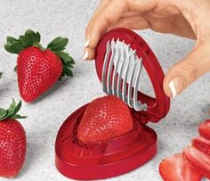 30 Awesome kitchen gadgets - Joie Simply Slice Strawberry Slicer - Click Pic
