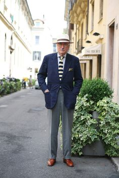 Luciano Barbera. Style with a casual elegance.