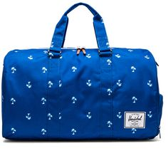 I was looking for the perfect #travel bag... And fell in love with Herschel Supply. Again!
