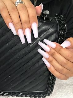 "If you're unfamiliar with nail trends and you hear the words ""coffin nails,"" what comes to mind? It's not nails with coffins drawn on them. It's long nails with a square tip, and the look has. Aycrlic Nails, Gradient Nails, Coffin Nails, Glitter Nails, Best Acrylic Nails, Acrylic Nail Designs, Gorgeous Nails, Pretty Nails, Milky Nails"