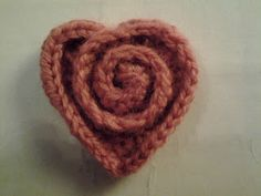 i heart handicrafts: Rosy Heart    I like this! It's different, and so cute!